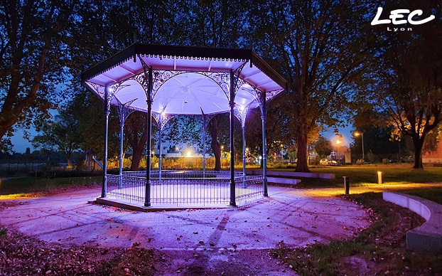 <p>Lighting of the kiosk in the garden in the heart of Comines with Luminy 4 ref 4040 RGW spotlights</p>